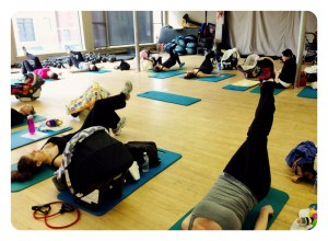 Active Moms Club Postnatal Core Workout Class