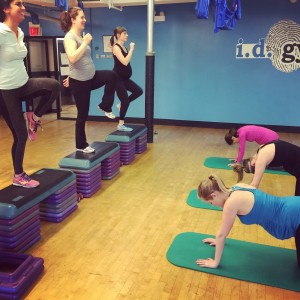 Active Moms Club Prenatal Group Training