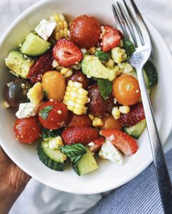 summer-seasonal-salad-walderwellness